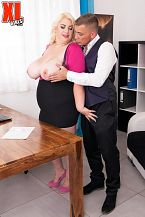 Kiki Rainbow Acquires Drilled By Her Attorney