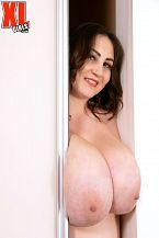 Ivanna Lace: Ravishing Ecstasy